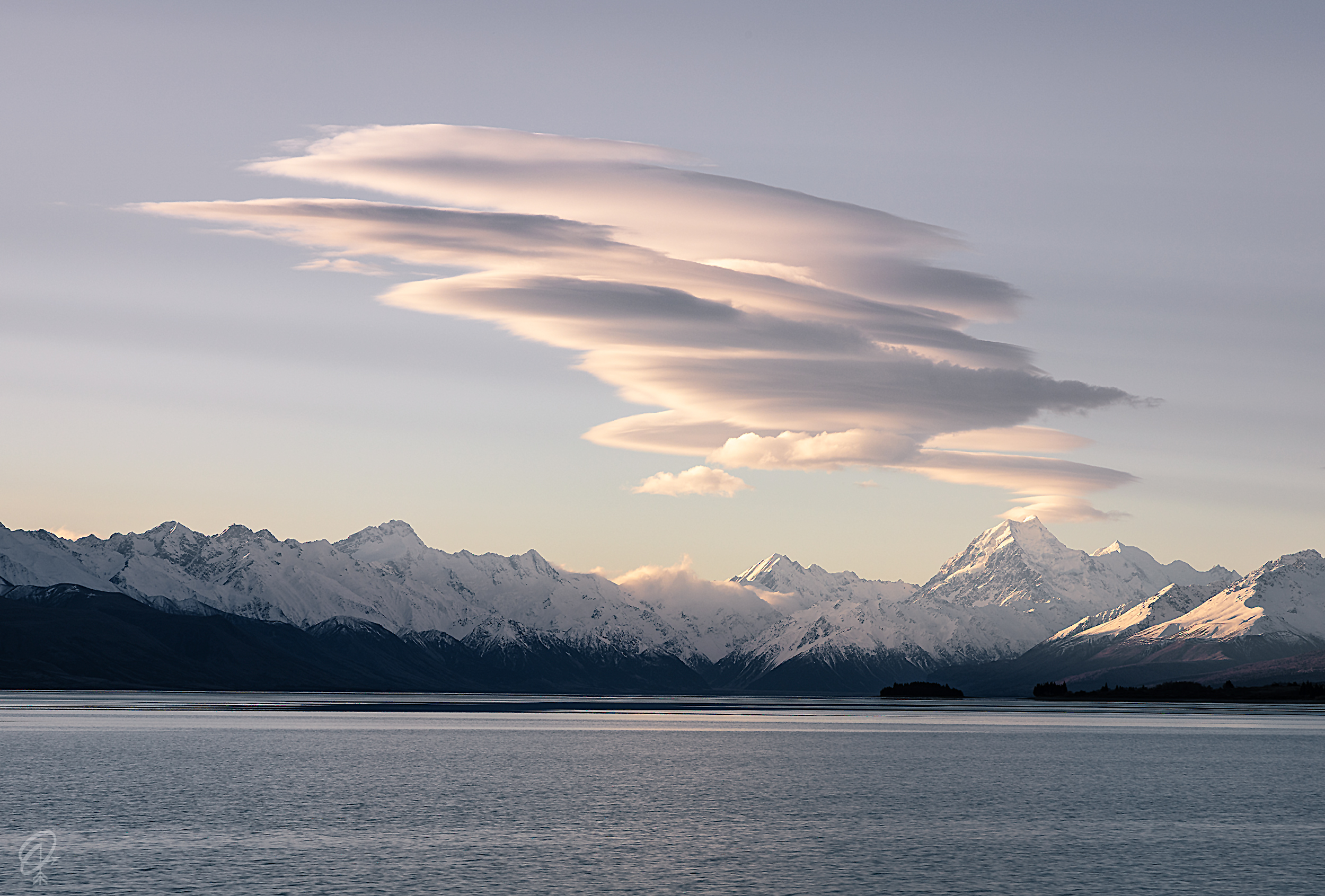 cloud at mt cook