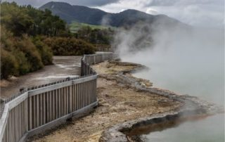 Wai-O-Tapu footpath with steam
